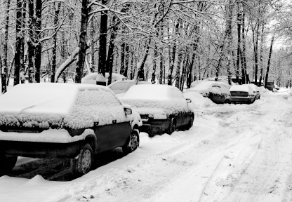 Heavy snow pummels many parts of the country