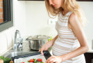 Study reveals eating fish during pregnancy may boost baby's development